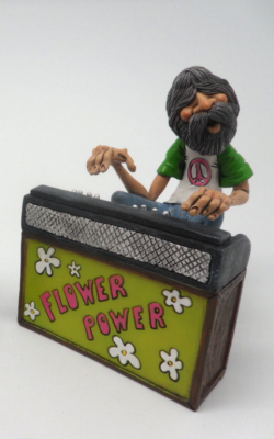 "HIPPY ""PIANO PLAYER"""